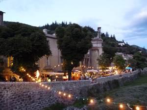 Marché nocturne à Valleraugue