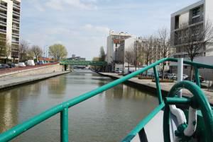 """Croisière """"canal de l'Ourcq"""" avec franchissement de l'écluse de Flandre"""