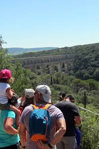 Balade insolite à la découverte du Pont du Gard