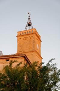 La tour de l'horloge de Saint-Quentin la Poterie