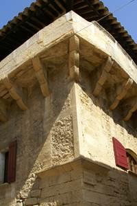 Découvrez le village de Castillon du Gard