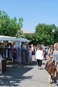 Marché traditionnel de Boisset-et-Gaujac