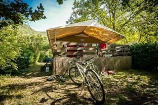 Les bungalows toilés du camping le Mouretou