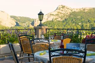 Hôtel Restaurant La Porte des Cévennes