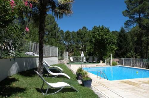 Village de Vacances Ravel piscine 2 ©