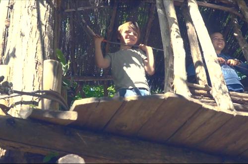 parc parfum d'aventure cabane enfants ©