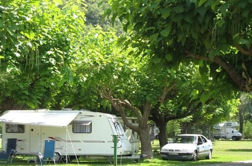 aire-naturelle-camping-clos-abbaye-cendras-caravane-cevennes ©