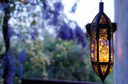 la vieille maison Durfort lanterne du balcon ©