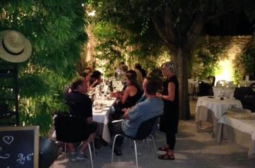 Restaurant midi à l'ombre Uzès © Restaurant midi à l'ombre
