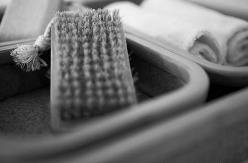 BARTHELEMY Marie - chambre clair de lune détail accessoires de bain © BARTHELEMY Marie