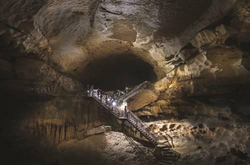 Grotte de Saint Marcel © Grotte de St Marcel