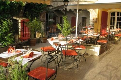 Restaurant L'Oronge ST JEAN DU GARD extérieur ©
