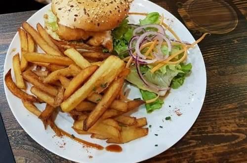 Burger Café de la Poste ©