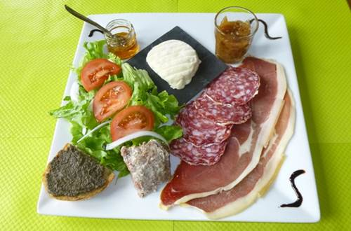 Assiette du Pays Le Mouretou ©