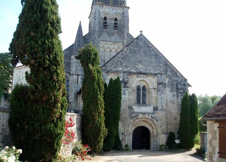 église de Ferrieres-Larçon 37