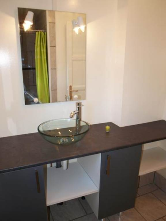Gîte Virginie GOGLINS - salle de bain